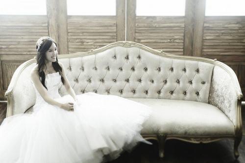 Top 10 sao nữ Kpop mặc váy cưới đẹp nhất - 6