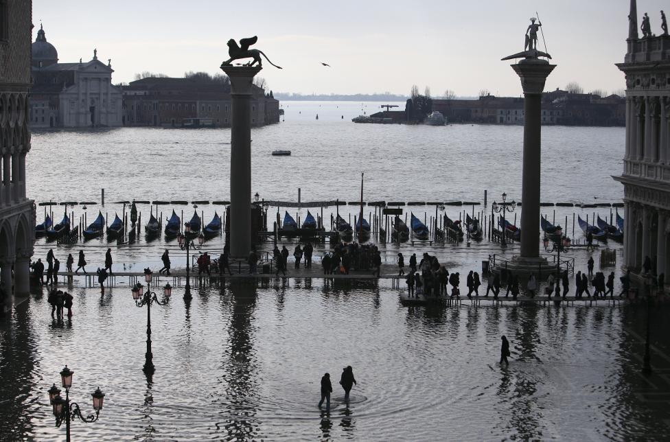 """Chùm ảnh: """"Thành phố tình yêu"""" Venice mùa nước nổi - 7"""