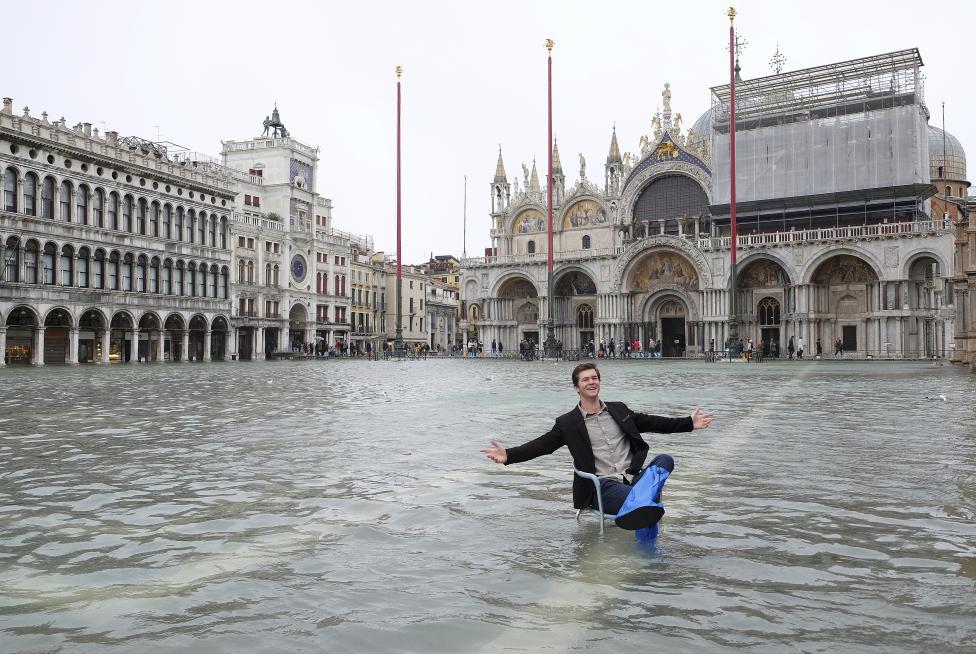 """Chùm ảnh: """"Thành phố tình yêu"""" Venice mùa nước nổi - 1"""