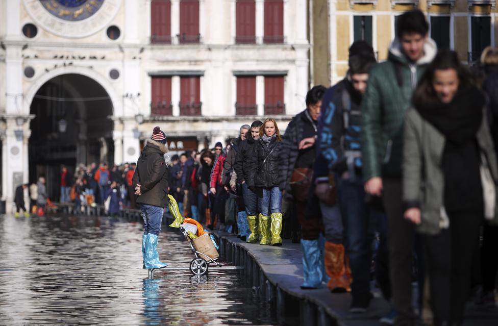 """Chùm ảnh: """"Thành phố tình yêu"""" Venice mùa nước nổi - 4"""