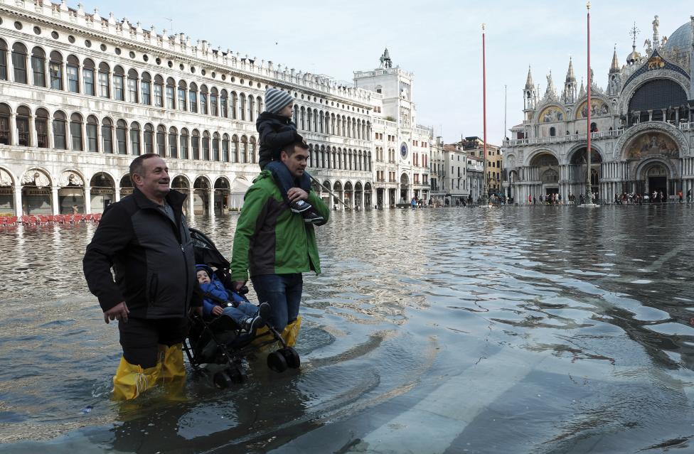 """Chùm ảnh: """"Thành phố tình yêu"""" Venice mùa nước nổi - 8"""
