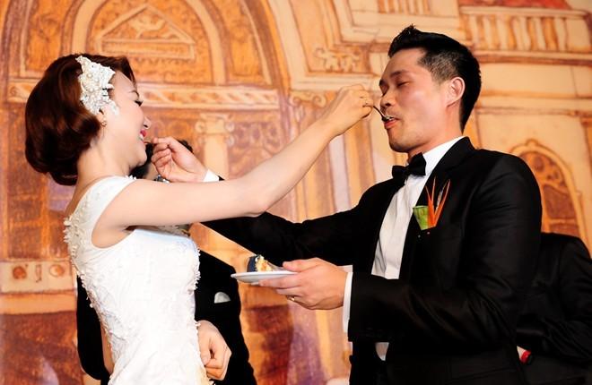 Khoảnh khắc khó quên trong đám cưới của sao Việt - 2