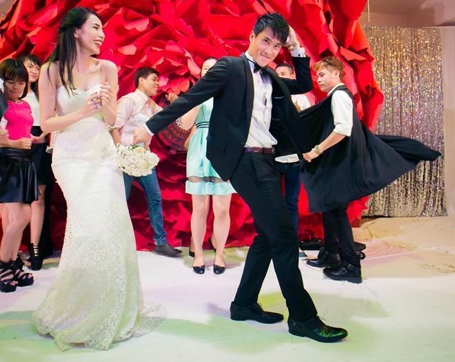 Khoảnh khắc khó quên trong đám cưới của sao Việt - 5
