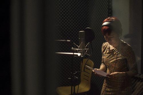 Uyên Linh rạng rỡ thu nhạc phim cho Bằng Kiều - 7