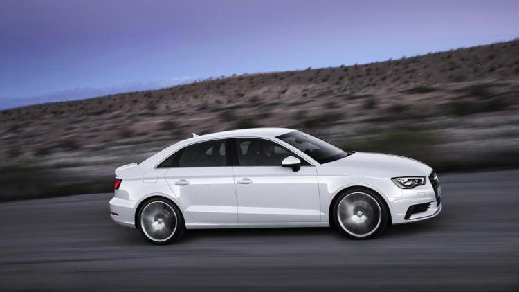 Audi đánh bại Mercedes về doanh số bán hàng toàn cầu - 1