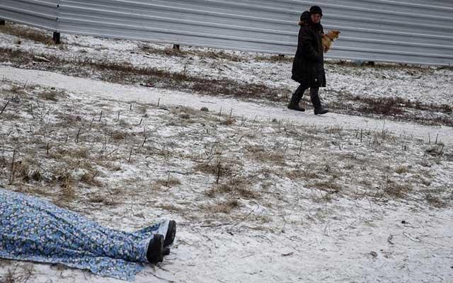 """Ukraine: Ảnh """"Chiến tranh là địa ngục"""" gây ám ảnh - 2"""