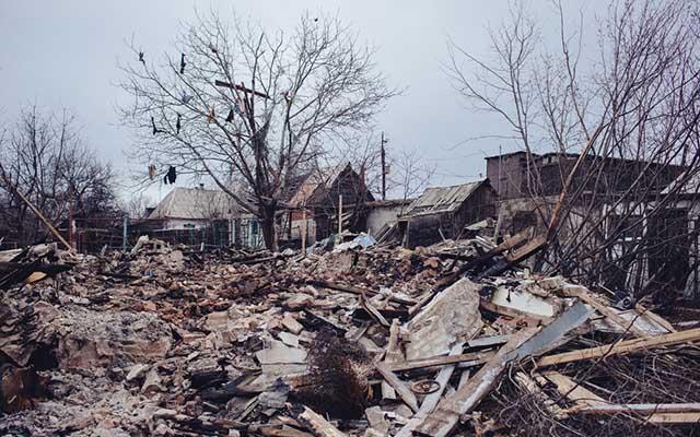 """Ukraine: Ảnh """"Chiến tranh là địa ngục"""" gây ám ảnh - 4"""