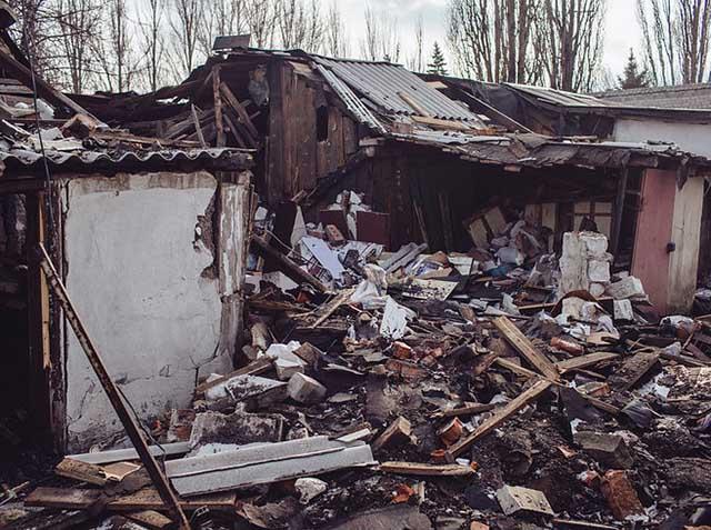 """Ukraine: Ảnh """"Chiến tranh là địa ngục"""" gây ám ảnh - 7"""