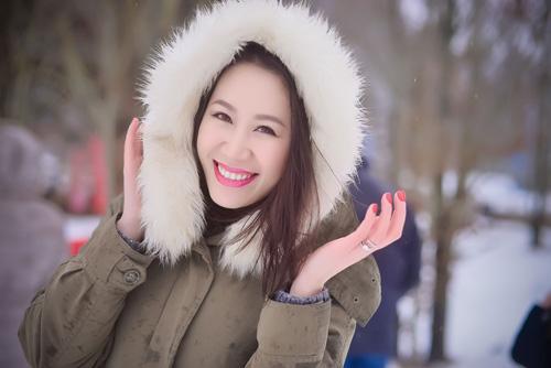 Vợ chồng hoa hậu Dương Thùy Linh hóa trang lạ lẫm - 5