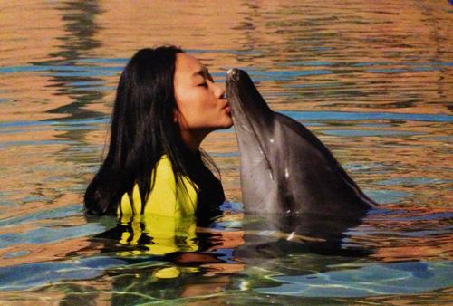 """Vợ chồng Đoan Trang trốn con đi """"trăng mật"""" ở Dubai - 4"""
