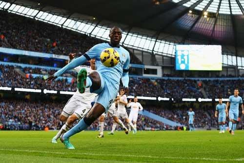 Man City: Chờ hiệu ứng Yaya Toure & Bony - 1