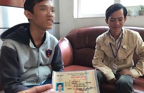 Hai sinh viên giả danh tống tiền cảnh sát - 1