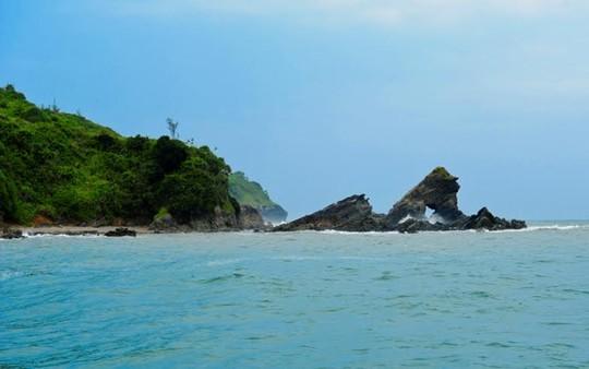 Đi Tam Hải uống dừa xiêm và thả hồn với biển - 9