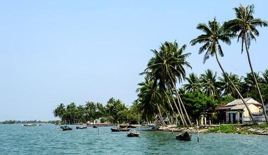 Đi Tam Hải uống dừa xiêm và thả hồn với biển - 1