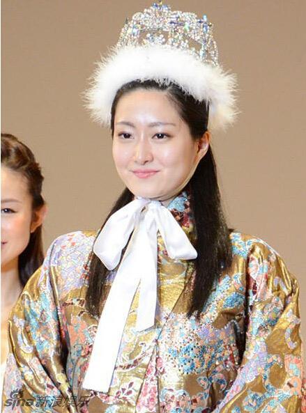 Phát hoảng vì bộ răng hô của hoa khôi Nhật Bản - 7