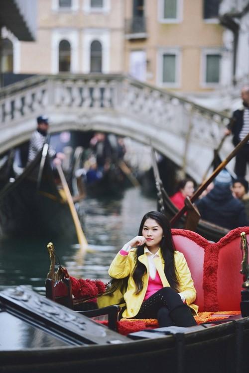 """""""Hiệp sĩ mù"""" Ngọc Thanh Tâm đón xuân trên sông nước Venice - 7"""