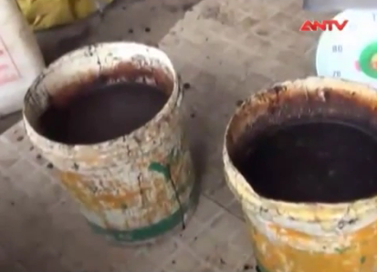 Hàng loạt mặt hàng thiết yếu dịp Tết bị làm giả, ngậm hóa chất - 3