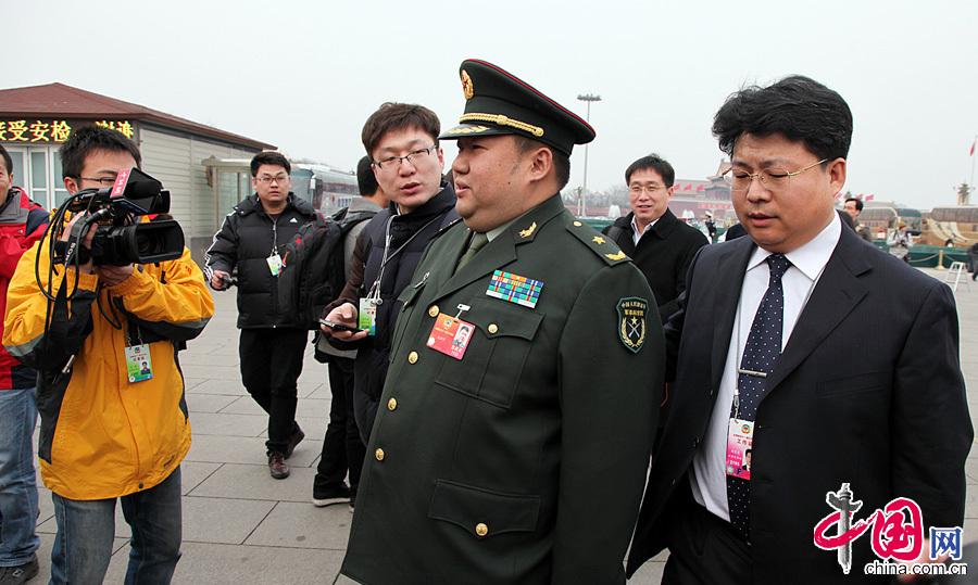 TQ: Sĩ quan béo phì không được thăng quân hàm - 2