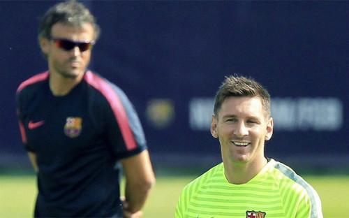 Messi dù xuất sắc đến đâu vẫn dưới quyền Enrique - 1