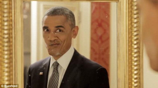 Tổng thống Obama làm mặt hề chụp ảnh tự sướng - 2