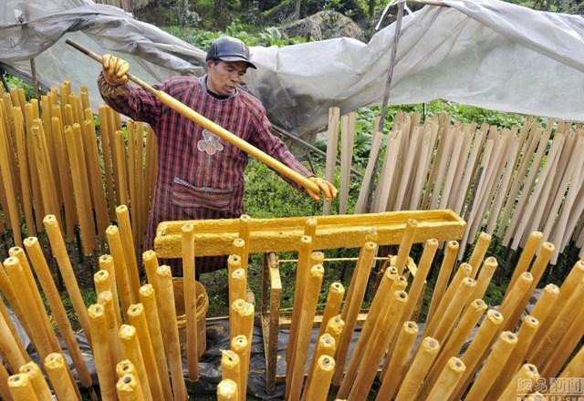 Bên trong làng làm hương nổi tiếng Trung Quốc - 12