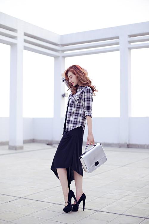 Cựu hot girl Quỳnh Chi nuột nà xuống phố - 13