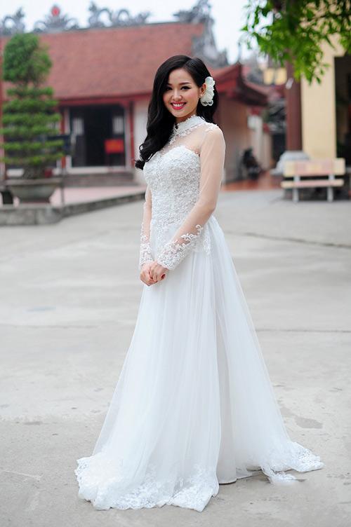"""4 """"mẹ bầu"""" xinh đẹp nhất showbiz Việt - 2"""