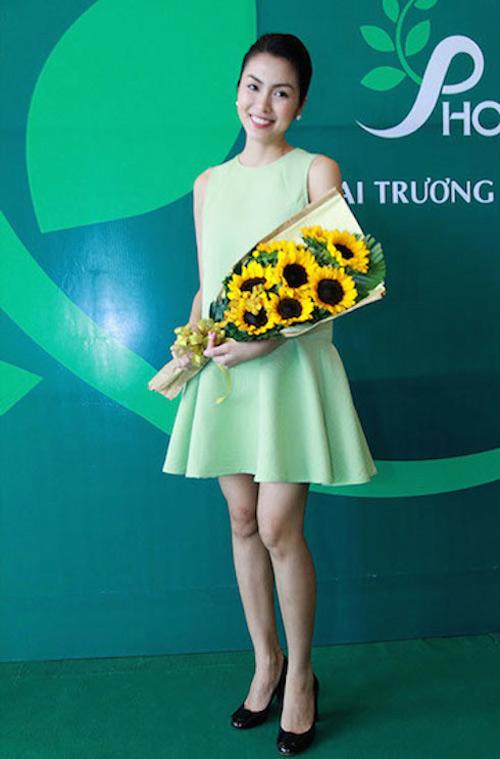 """4 """"mẹ bầu"""" xinh đẹp nhất showbiz Việt - 10"""