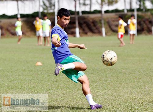 HAGL: Nỗi niềm trung vệ số một của U19 Việt Nam - 4
