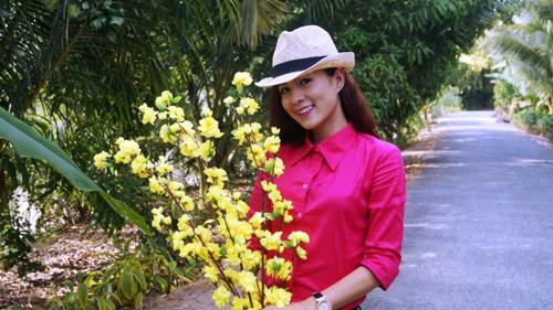 Diễn viên Thùy Trang háo hức về quê ăn Tết - 1