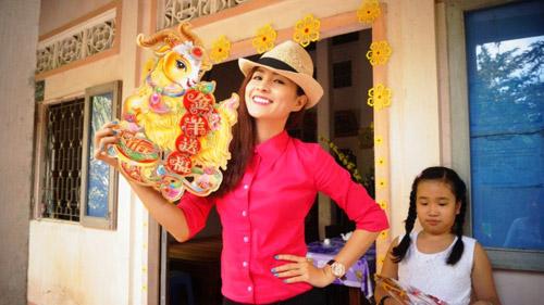 Diễn viên Thùy Trang háo hức về quê ăn Tết - 3