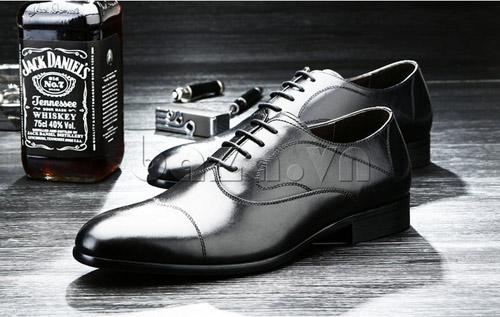 Tạo phong cách lịch lãm với giầy nam công sở Baza - 7