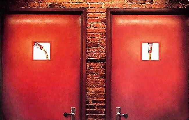 Bộ sưu tập biển báo WC cười không kịp nhịn - 3