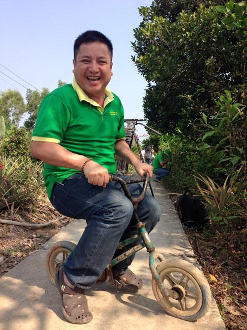 Chí Trung: Tết năm nay nhà tôi đi Bali nghỉ - 1