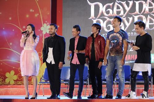 Ngô Thanh Vân chạm môi người yêu tin đồn trên sân khấu - 4