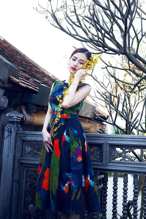 Clip: Sĩ Thanh, Mai Hồ hóa nàng Xuân kiêu kỳ - 4