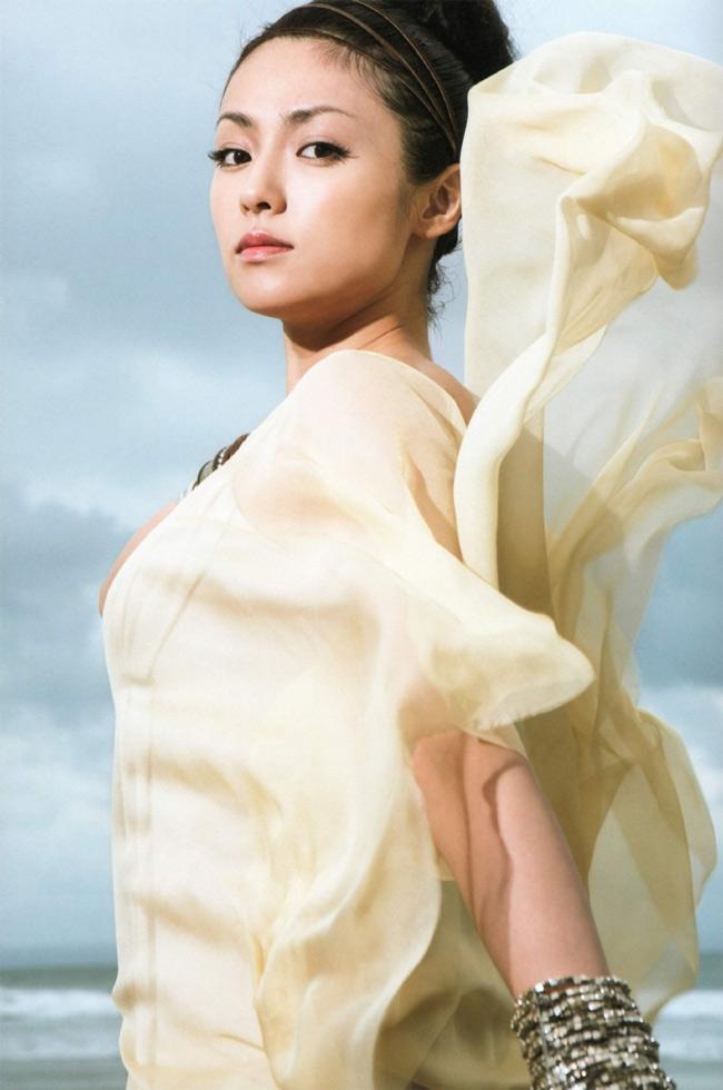 Kyoko Fukada sinh năm 1982