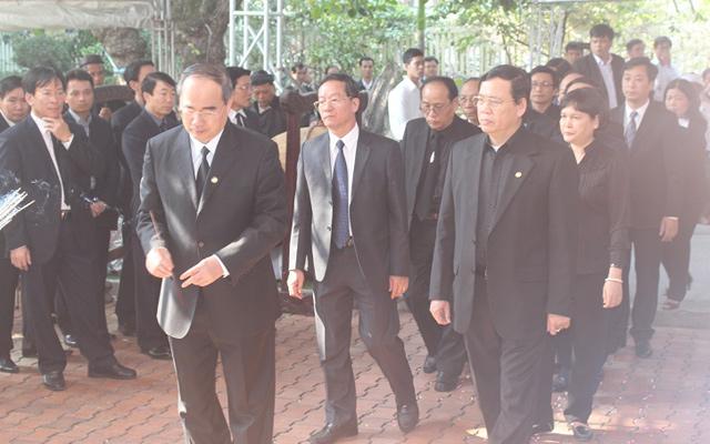 Nghẹn ngào lễ viếng ông Nguyễn Bá Thanh - 3