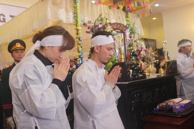Nghẹn ngào lễ viếng ông Nguyễn Bá Thanh - 8