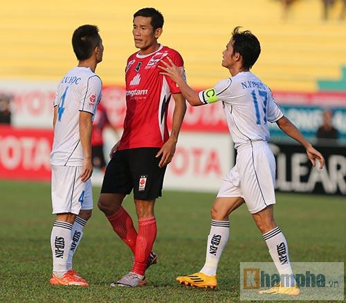 Tài Em, Chí Công bị chỉ trích thậm tệ vì chơi xấu - 1