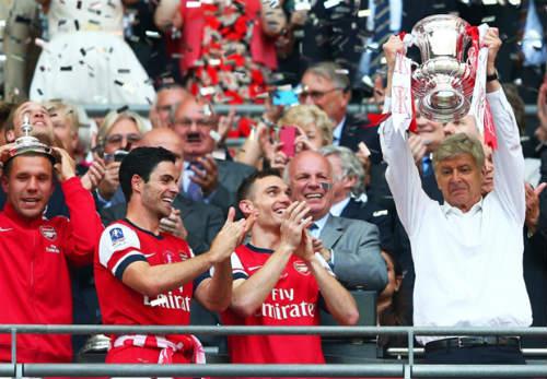 Chơi nghiêm túc FA Cup, Wenger sợ ảnh hưởng đến C1 - 1