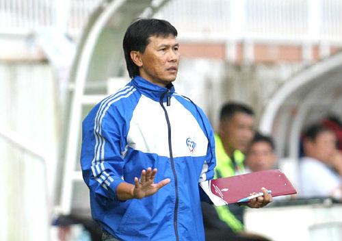 HLV Trần Công Minh đối diện thử thách lớn - 2