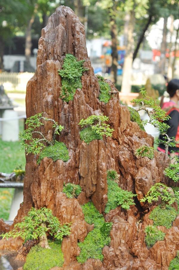 """Chiêm ngưỡng những """"ngọn núi"""" giữa trung tâm Sài Gòn - 5"""
