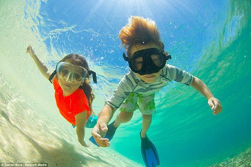 Tình bạn tuyệt vời của những đứa trẻ và cá voi - 9