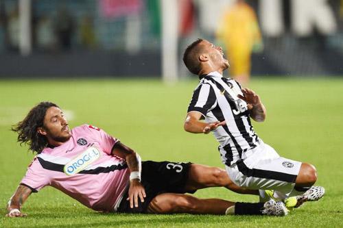 """Cesena - Juventus: """"Bà đầm già"""" đi chợ Tết - 2"""