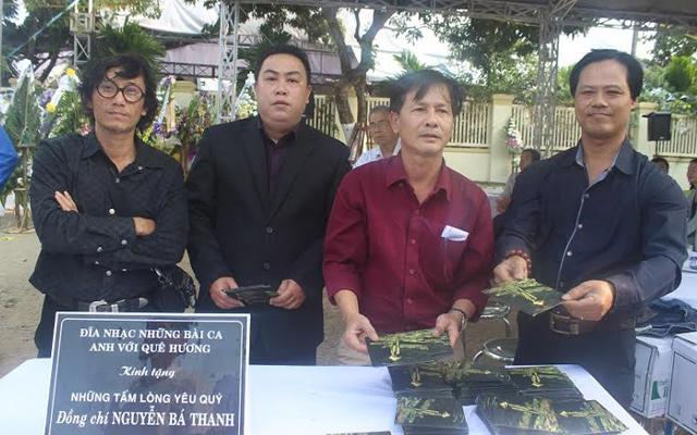 Tặng hơn 10.000 đĩa nhạc viết về ông Nguyễn Bá Thanh - 1