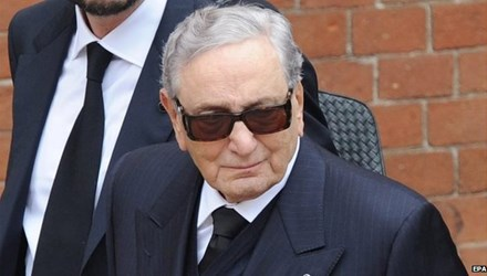 Tỷ phú giàu nhất Italy qua đời - 1