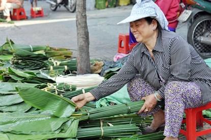 """Phiên chợ lá độc đáo """"năm 1 lần"""" giữa Sài Gòn - 1"""