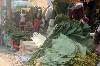 """Phiên chợ lá độc đáo """"năm 1 lần"""" giữa Sài Gòn - 10"""