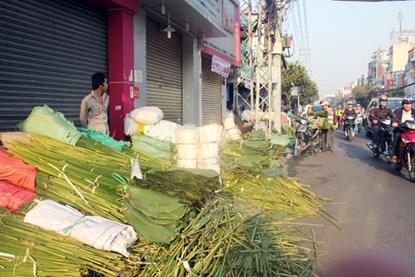 """Phiên chợ lá độc đáo """"năm 1 lần"""" giữa Sài Gòn - 8"""